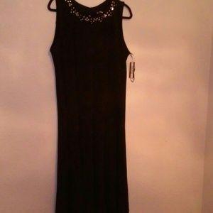 NWT Black sleeveless dress-size 1X